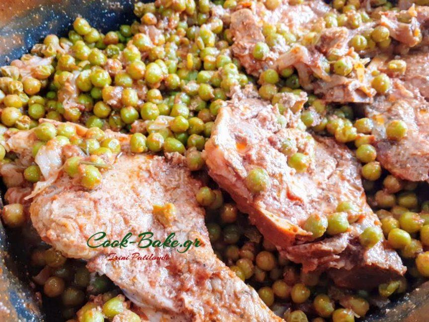 Μπριζόλες χοιρινές με αρακά στηνγάστρα