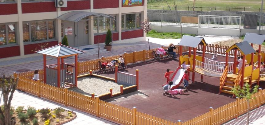 Ηλεκτρονικά οι εγγραφές για τους Δημοτικούς Βρεφικούς και Παιδικούς Σταθμούς στηνΚαλαμαριά
