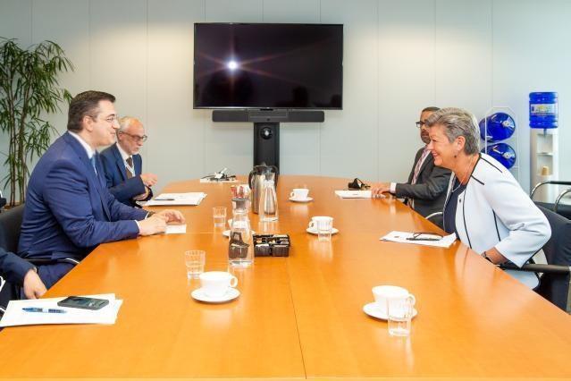 Σύσκεψη του Προέδρου της Ευρωπαϊκής Επιτροπής των Περιφερειών Απόστολου Τζιτζικώστα με την Επίτροπο Εσωτερικών Υποθέσεων της ΕΕ YlvaJohansson