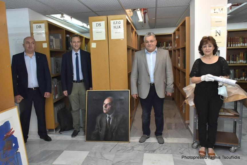 Πολύτιμα τεκμήρια της συλλογής του Ντίνου Χριστιανόπουλου παρουσιάστηκαν στη Βιβλιοθήκη τουΑΠΘ