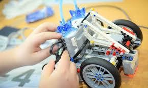 """Εργαστήρια Ρομποτικής για παιδιά """"Ρομποτική 100 και Ρομποτική200"""""""